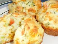 Cheese & Broccoli Muffins