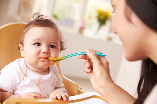 My baby won't eat from a spoon